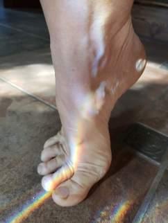 Foot rainbow 3